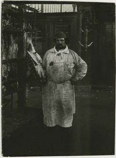 """Paul Géniaux : Le Boucher, les Halles, vers 1900 (the butcher) - en argot """" les louchebem"""""""