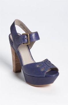 FAITH: Mature foot shoe fetish weejuns
