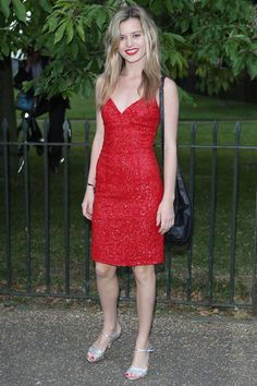What a stunner: Georgia May Jagger showed off her model looks at the Serpentine Gallery Summer Party in London on Wednesday night Georgia May Jagger, Red Summer Dresses, Nice Dresses, Celebrity Outfits, Celebrity Style, Simple Red Dress, Fashion News, Fashion Models, Hair Magazine