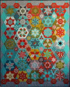 Little Apples Hexagons and Stars by Lorena Uriarte. (Quilter: Michele Turner, Pinetree Cottage Quilting).  2013 Sydney (Australia) quilt show.