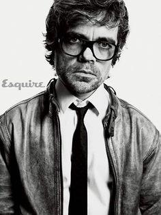 Tyrion ya ha pedido su modelo de gafas en Johnny Pavanni antes de que empiece su juicio por combate. #BeaPavanni #TyrionPavanni