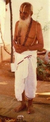 The Father of Modern Yoga Sri T. Krishnamacharya who taught Indra Devi Yoga Bewegungen, Vinyasa Yoga, Yoga Meditation, Iyengar Yoga, Ashtanga Yoga, Yoga History, Childrens Yoga, Yoga Pictures, Free Yoga