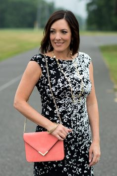 Wedding season is upon us, so today I'm sharing what to wear to a summer wedding. This gathered sheath dress is so flattering and comfortable!
