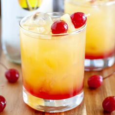 This Malibu Sunset drink will take you to a tropical paradise. A fruity cocktail with coconut rum. Perfect for Summer! Fruity Alcohol Drinks, Alcohol Drink Recipes, Fruity Cocktails, Cocktail Drinks, Cocktail Recipes, Booze Drink, Dinner Recipes, Liquor Drinks, Vodka Drinks