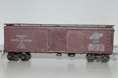 HO Scale Roundhouse Metal Chicago  Northwestern 40' Single Door Boxcar #143348