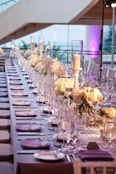 Gorgeous table display at segerstrom center for the arts wedding, photo by Jules Bianchi  | junebugweddings.com