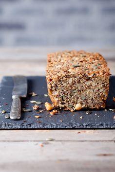 Как увидела у Светы lanamoskalyuk этот хлеб , покой мой был потерян))) Посмотрите список ингредиентов и сразу поймете, о чем я) Если любите зерновой хлеб, с семечками и…