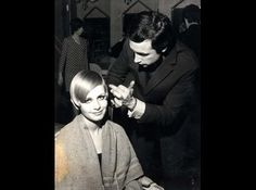 Hairdresser Leonard Lewis with Twiggy. Take this history lesson with Professor Hair-Itage himself Ryan Teal. Mod style starter Leonard Lewis created this cute crop on model Twiggy in 1966.
