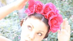 DIY Floral Crown inspired by Frida, ThreadBanger How-to, via YouTube.