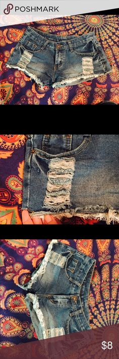 Jean shorts with lace Size medium but they run small would fit size 1-3 best! Worn twice. Shorts Jean Shorts
