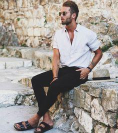 30 Beyond Classy White Shirt Outfits for Men Young Fashion, Trendy Fashion, Style Fashion, Men Summer Fashion, Fashion Men, Trendy Outfits, Fashion Hair, Fashion Photo, Sandals Men Fashion