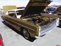 Plymouth Sport Fury 2dr HT
