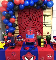 75 Blue and Red Party Themes Ideas - Spark Love Spiderman Theme Party, Spiderman Birthday Cake, Avengers Birthday, Superhero Birthday Party, 6th Birthday Parties, Birthday Party Decorations, Spider Man Birthday, 4th Birthday, Cake Birthday