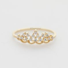Delicate tiara ringDelicate tiara ring,Princess ring, crown ringPrincess ring, crown ring for everyday♥ Available Size: fits 6 US ring size only♥ Tiara size: W 18mm X H 7mm♥ Metal: over Brass fi..