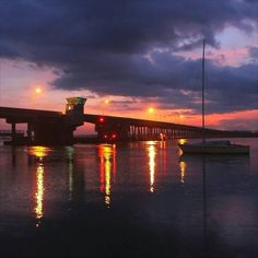 @b_smiley86 #photooftheday  ...  #sky #sun #sunset #sunshine #sol #red #nature #twilightscapes #sky #clouds #sunset_pics #sunsetsniper #ig_sunsetshots #all_sunsets #sunsetporn #orange #instasunsets #sunset_lovee #sunrays #color #sunsetlovers #isea_sunsets #scenicsunset #sunsethunter #irox_skyline #skyporn #cloudporn #nature #clouds #staugustine