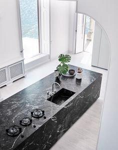 Brilliant Minimalist Home Interior Design Ideas - fancydecors Minimalist Home Interior, Modern Interior Design, Luxury Interior, Granite Kitchen, Kitchen Countertops, Black Marble Countertops, Backsplash Marble, Gray Marble, Kitchen Wood