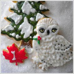 """""""On the 1st Day of Christmas my friends I give to thee: A Snowy Owl and a Pine Tree..."""" Glazed Sugar Cookies by Robin Traversy {The Cookie Faerie}. Cookie Connection Christmas Countdown Challenge."""