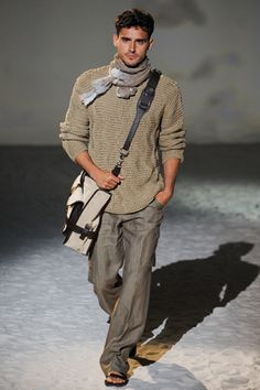 Scarves are a great accessory to own, any chilly day, it could make an outfit incredible!