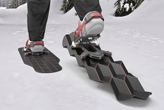 Designer Eric Brunt's concept snowshoe automatically expands and contracts its surface, providing for a more natural walk than traditional flat snowshoes, and adapting to variable snow conditions and terrain.