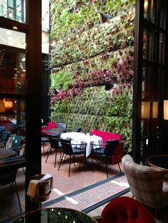 Secret hotel in Barcelona! Witty in wittmore.