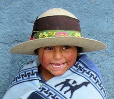 218 mejores imágenes de Rostros de Bolivia  383fed2015f