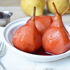 Ellouisa: Stoofpeertjes zonder alcohol Healthy Slow Cooker, Cooking Recipes, Healthy Recipes, Balanced Diet, High Tea, Pear, Delish, Buffet, Side Dishes