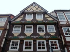 House dating back to 1534 in Celle, Germany Gates Of Hell, Lower Saxony, Timber House, Amazing Places, The Good Place, Germany, Dating, Spaces, Mansions