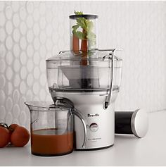 Best Slow Juicer Easy Clean : 1000+ images about Easy to Clean Juicer on Pinterest Juicers, Juicing and Juice