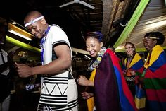 More on Culture. Join us as we enjoy Landi and Malibongwe's Ndebele South African wedding reception by As Sweet As Images. African Traditional Wedding, Traditional Weddings, Wedding Blog, Wedding Day, Wedding Dancing, Dancing Couple, South African Weddings, Head Scarf Styles, African Fashion