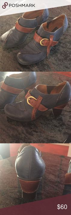 Anthropologie shoes size 37 Used shoes purchased from Anthropologie size 37 great shape Anthropologie Shoes Ankle Boots & Booties
