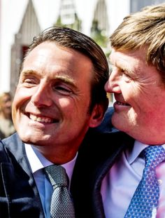 koninklijkhuis:  Koningsdag 2015, April 27, 2015-King Willem-Alexander with his cousin Prince Maurits