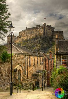 View of Edinburgh Castle from the Vennel
