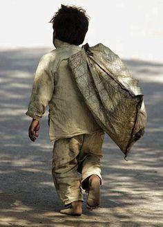 Poor Children Quotes Hindi 16 New Ideas Poor Children, Precious Children, Save The Children, Beautiful Children, Children Working, We Are The World, People Of The World, Quotes For Kids, Quotes Children