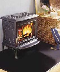 Jotul GF400DV http://www.classicfireplace.ca/freestanding-stoves-direct-vent.html