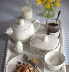 Englische Teekanne mit Prägung ´tea´ von Keith Brymer Jones (800 ml)