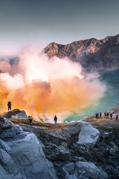 Mount Bromo Indonesia Without a Tour (Beautiful Sunrise and Interesting Facts) Timor Oriental, Ubud, Asia Travel, Vacation Travel, Travel Tips, Holiday Destinations, Belle Photo, Where To Go, Adventure Travel