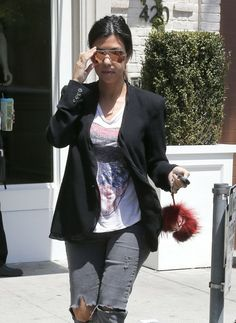 Kourtney Kardashian in PAIGE Denim Verdugo in Kate Destructed