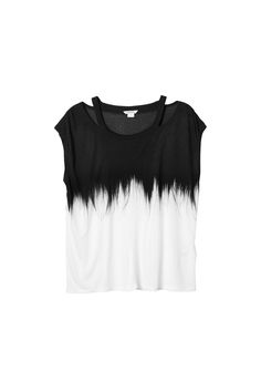 Online Fashion Shop Shop women fashion accessories and clothes Everyday Goth, Monki, My Wardrobe, Your Style, Fashion Accessories, Crop Tops, Womens Fashion, How To Wear, Shirts