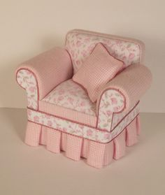 I have two little chairs that I can recover like this!! I love this idea!!!