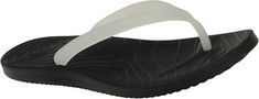 Ocean Minded by Crocs Malia II Flip - Black/Lilac with FREE Shipping & Returns. This flip flop features traditional three-point zori construction. The