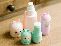 Siempre he sido una fan de los empaques y envases lindos, especialmente si se trata de los cosméticos. Mi marca coreana favorita durante...