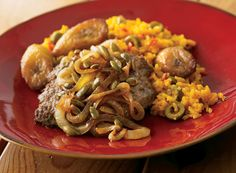 Cubed Beef Steaks with Onions and Pepitas over Rice and Plantains - Publix Aprons Simple Meals Cuban Recipes, Beef Recipes, Cooking Recipes, Easy Dinner Recipes, Easy Meals, Simple Meals, Fajita Seasoning Mix, Publix Aprons Recipes, Beef Steaks