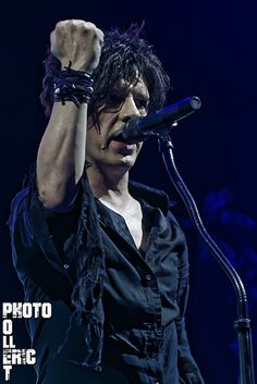 INDOCHINE : Nicola Sirkis