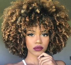 Gorgeous fro @marihsantosss - https://blackhairinformation.com/hairstyle-gallery/gorgeous-fro-marihsantosss/
