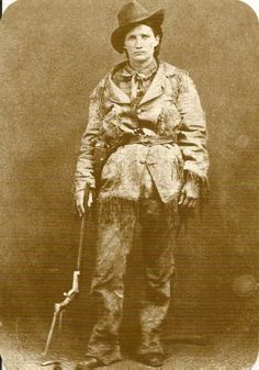 Martha Jane Canary better known as Calamity Jane, was an American frontierswoman, and professional scout best known for her claim of being an acquaintance of Wild Bill Hickok, but also for having gained fame fighting Native Americans. Us History, Women In History, American History, Calamity Jane, Kings & Queens, Old West Photos, Into The West, We Will Rock You, American Frontier