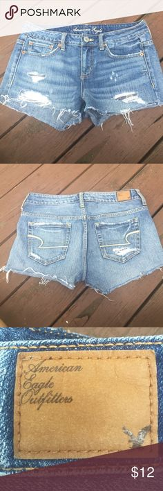 America Eagle jean shorts size 4 Adorable distressed American Eagle Jean shorts size 4. I bought these with the hopes that they would someday fit me - no luck lol. Never wore these :( my loss is your gain! I ship within 24 hours of sales using recycled materials 💚🌲😊 American Eagle Outfitters Shorts Jean Shorts