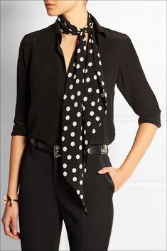 111 inspired polka dot dresses make you look fashionable Scarf style, polka dot scarf, how to wear a scarf Ways To Wear A Scarf, How To Wear Scarves, Casual Outfits, Fashion Outfits, Womens Fashion, Fashion Scarves, Female Fashion, Vestido Dot, Polka Dot Scarf
