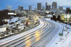 Зашто је пет центиметара снега паралисало амерички југ - http://www.vaseljenska.com/svet/zasto-je-pet-centimetara-snega-paralisalo-americki-jug/