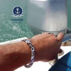 Vivi la tua estate in libertà in pieno stile Marinèrie. Scegli il tuo bracciale su www.marinerie.it #marinèrie #braccialiancora #estate2017 #libertà #reggiadicaserta #braccialetimone #braccialerosadeiventi