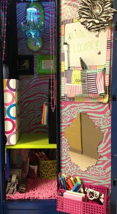 15 DIY Locker Organization for School Girls Girls Locker Ideas, Cute Locker Ideas, Diy Locker, Locker Stuff, Locker Crafts, Middle School Lockers, Back To School, School Stuff, Loker Ideas